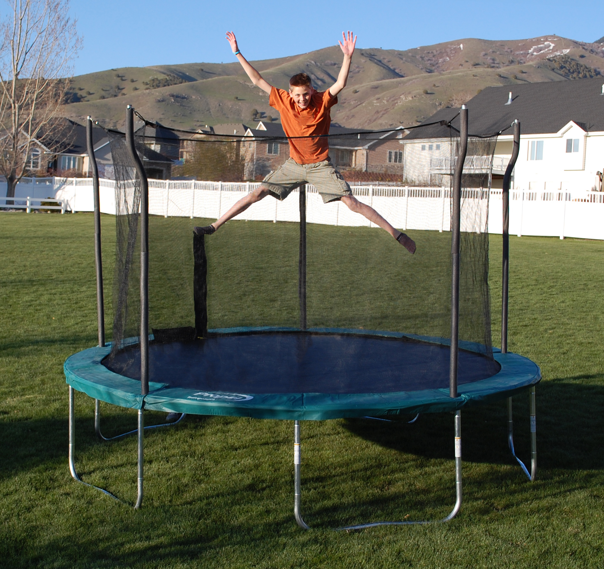 12 Foot Trampoline By Jumpsport: Propel 12′ Trampoline With Enclosure